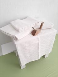 Mef Collection - Otel Pikesi Tek Kişilik Küçük Dama Desen Beyaz 4 Ad.